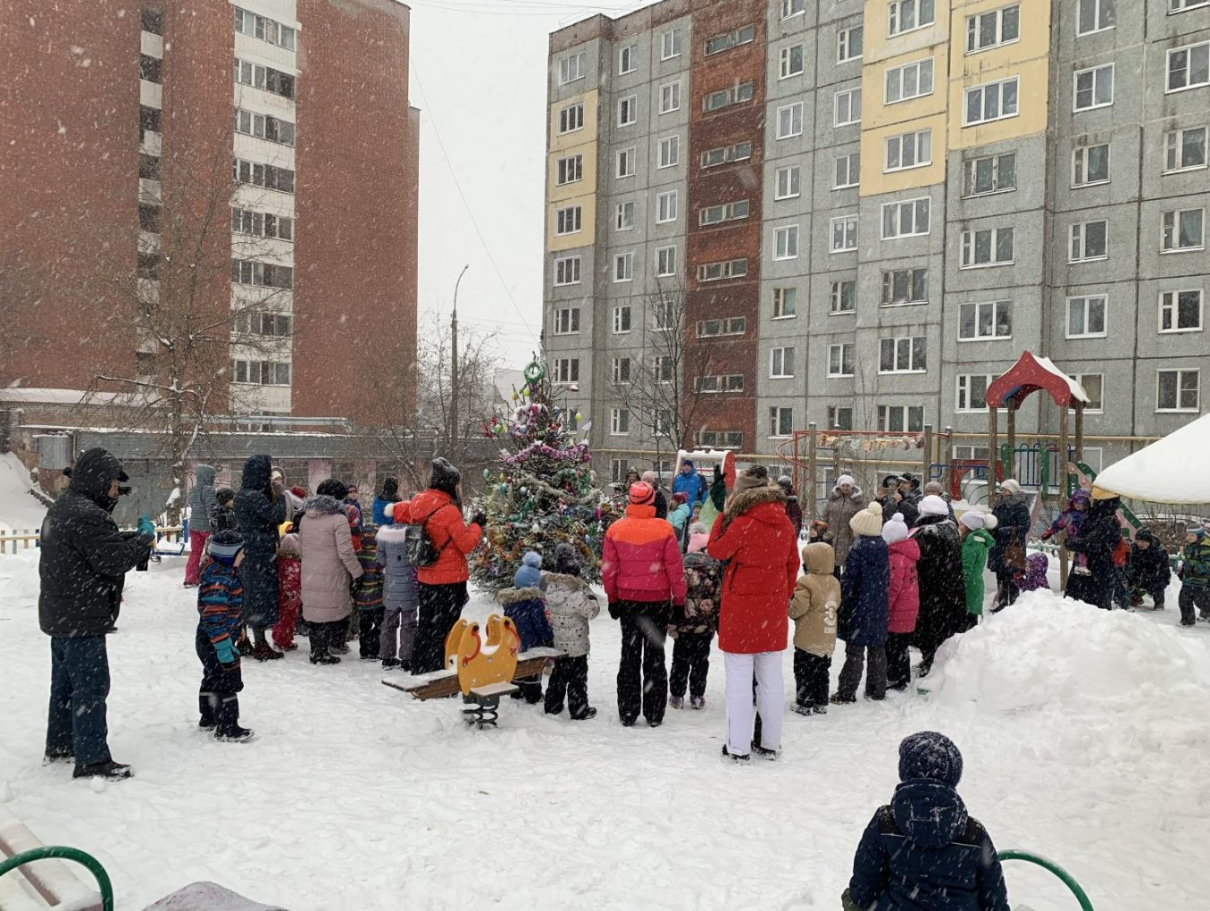 Новогодний праздник на Советской 33